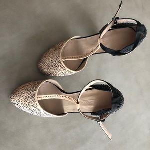 Zara Heel. Size 8. 2.5 inch heel.